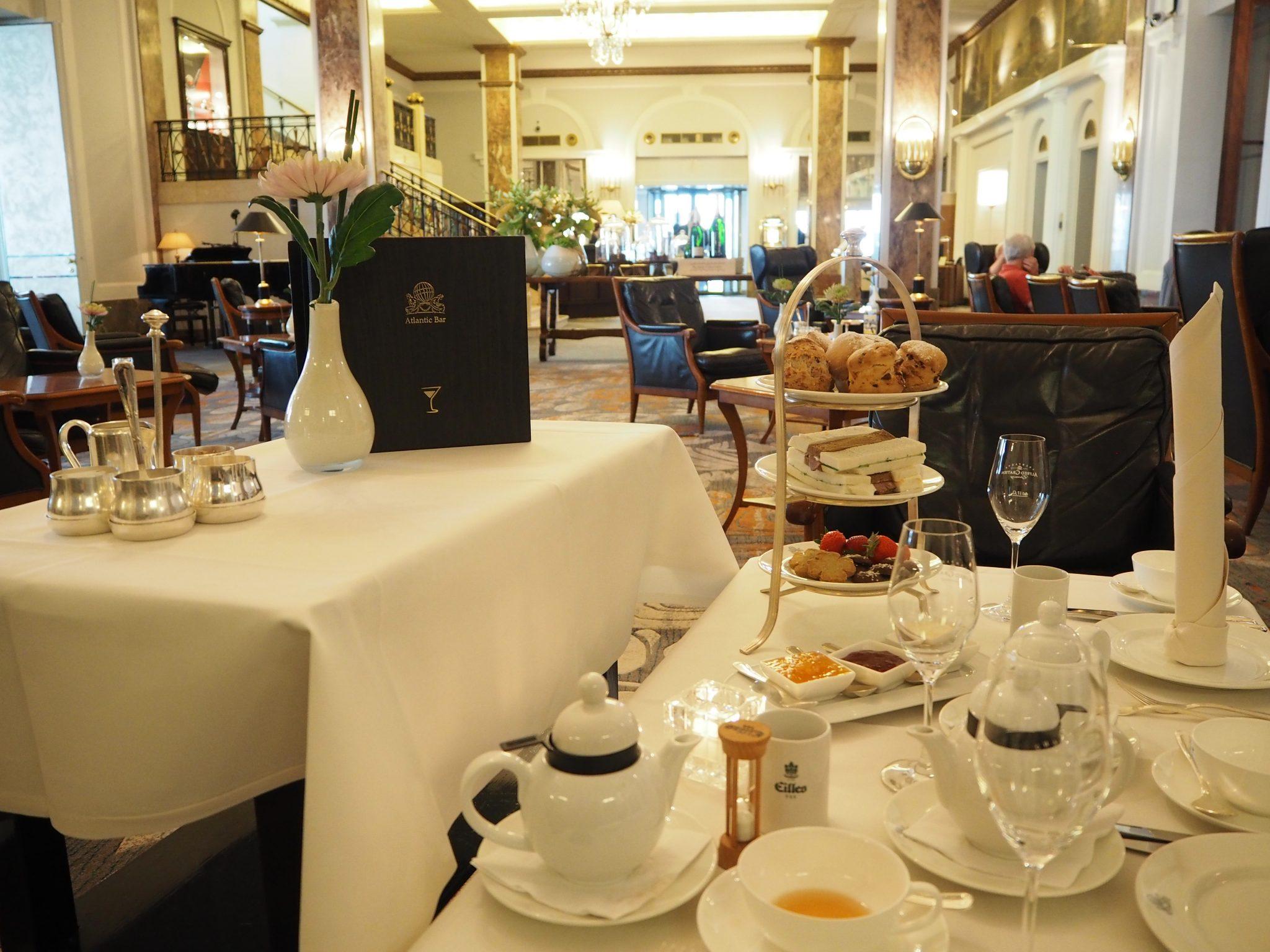 high tea at the hotel atlantic kempinski hamburg review. Black Bedroom Furniture Sets. Home Design Ideas